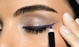 Красить глаза карандашом